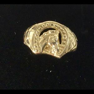 10 KT yellow gold baby horse shoe ring SZ 1